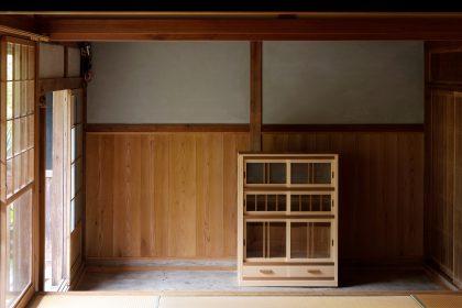 昔の食器棚(水屋)